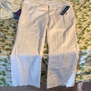 Women's mid rise FLARE ankle pants white new
